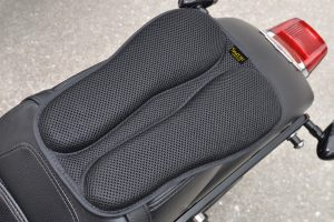 SKWOOSH-Passenger-Pillion-Moto-Gel-Rear-Seat-Pad
